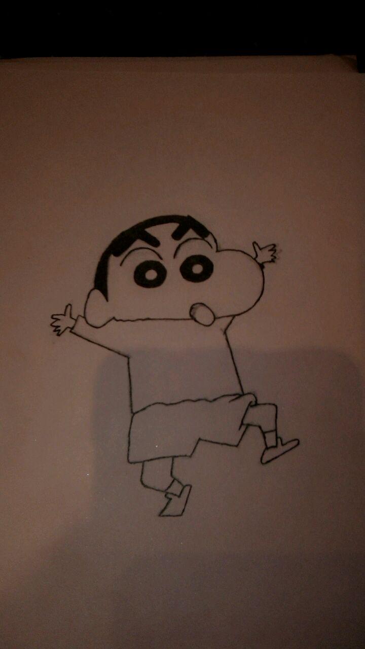 用铅笔和黑色水芯笔画了一个蜡笔小新